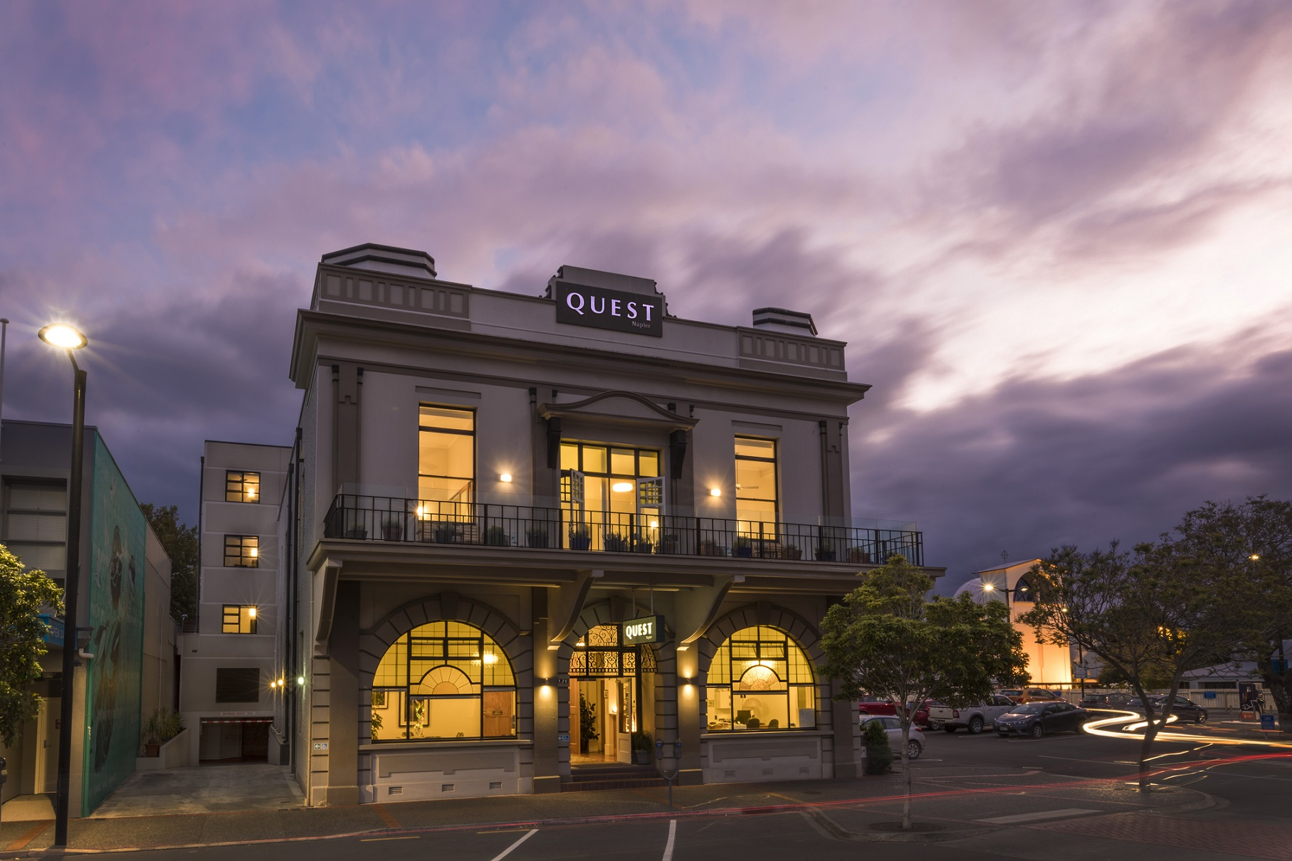 New County Hotel Perth Contact